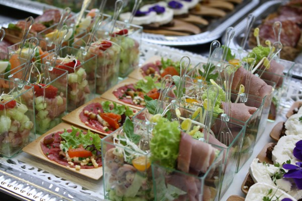 slideCatering11941-600x400